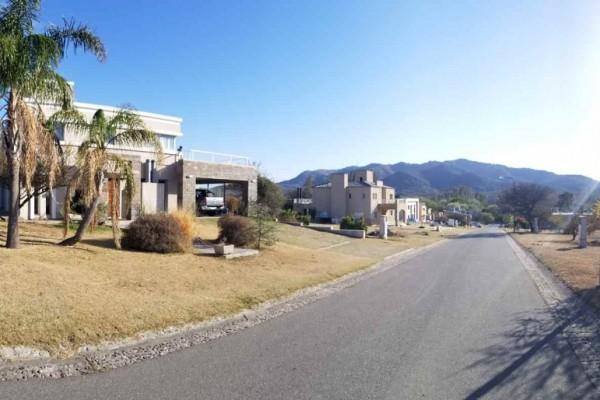 Hermosa Casa en La Arbolada