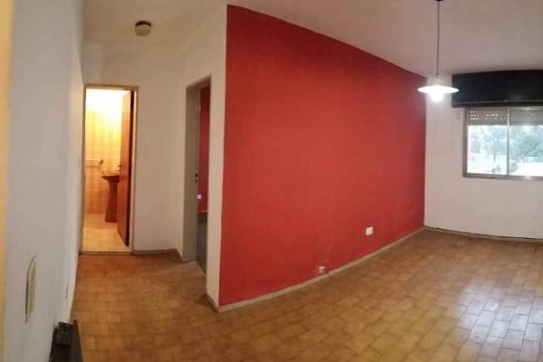 Departamento Alquiler Anual, 1 dormitorio, bajas expensas, escalera, cochera